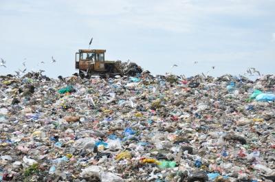 На сміттєзвалищі у Чорнівці встановлять камери відеоспостереження