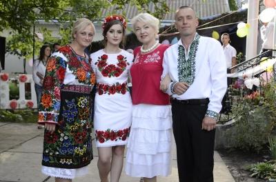 На Буковині знімали весільні обряди для передачі «Фольк-м'юзік»