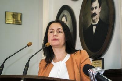 Чернівецька міськрада просить Гройсмана списати борги міста перед урядом