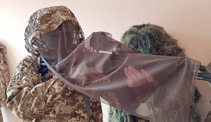 Новий маскувальний костюм отримали українські снайпери