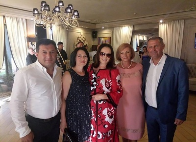 Софія Ротару побувала на весіллі племінниці на Буковині