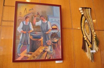 У Чернівцях відкрили виставку картин та гобеленів Людмили Кубай (ФОТО)
