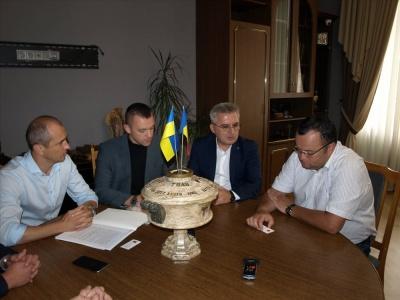 Мер Чернівців зустрівся з делегацією з Румунії