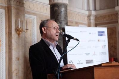 «Слава Чернівцям, письменникам слава!»: «батько» Meridian Czernowitz пропонує нове привітання у дні фестивалю