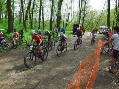Буковинські спортсмени відзначилися на двох гонках