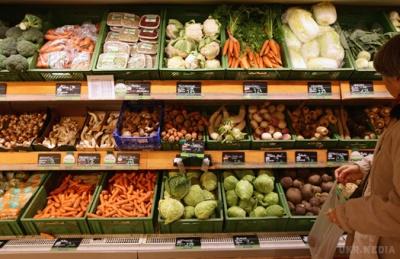 Буковинці стали менше купувати масла і яєць, зате більше овочів і фруктів