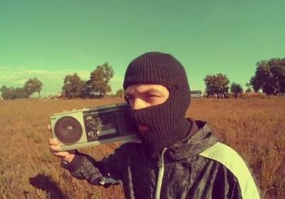 «Пусть в бокалах тает лед»: музыканты из Черновцов создали кавер на песню группы «Грибы»