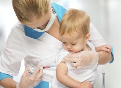 """""""Нещеплених – сотні, хворих – десятки"""": на Буковину повертаються небезпечні інфекції діток"""