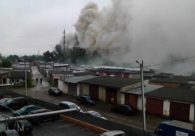 В Черновцах - пожар в гаражном кооперативе (ВИДЕО)