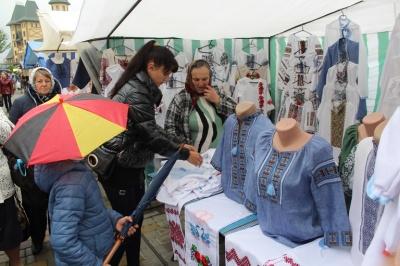 В Черновицкой области открыли 10-ю агропромышленную выставку «Буковинская осень»