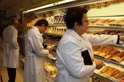 """Гройсман пропонує скасувати мораторій на перевірки """"харчових"""" підприємств"""