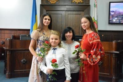 У мерії Чернівців привітали освітян з їх професійним святом (ФОТО)