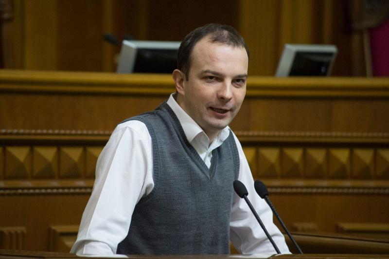 Луценко: НаСоболєва може бути зроблено подання про скасування недоторканності