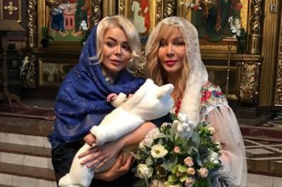 До Чернівців на хрестини братика Аліни Гросу приїхали Ірина Білик і Павло Зібров (ФОТО)