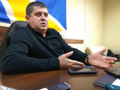 «Я три года только и слышу, что Бурбак вывозит лес». Нардеп прокомментировал громкое задержание чиновника в Черновцах