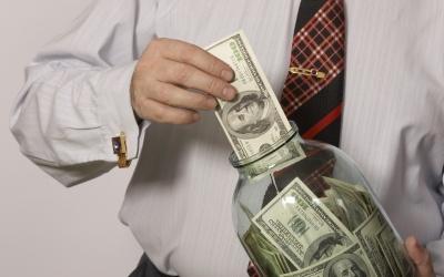 З власних депозитів чернівчани віддали державі понад 14 млн.грн