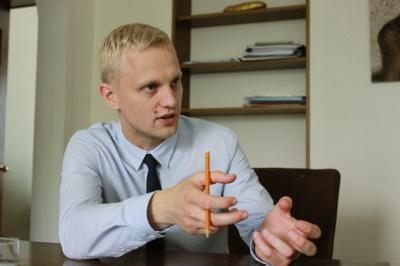 Шабунин возмутился на Порошенко из-за награждения прокурора, который в Черновцах вел дело против активистов Майдана