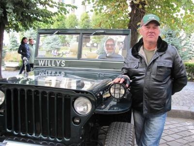 Черновчанин восстановил американский военный автомобиль Willys