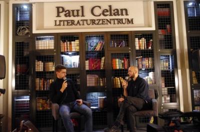 В Черновцах провели благотворительный литературный вечер (ФОТО)