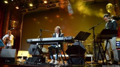 Швейцарський музикант виконав відому пісню з Буковини