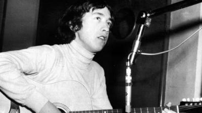 Умер продюсер и экс-участник группы AC / DC