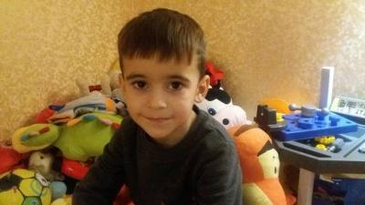 Допоможіть врятувати 5-річного внука волонтера з Чернівців