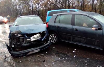 На Буковині трапилася ДТП за участі 4 автомобілів