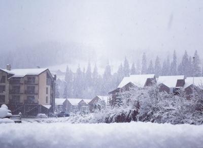 У Карпатах випало до 15 сантиметрів снігу