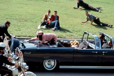 ФБР розсекретить всі матерали про вбивство Кеннеді