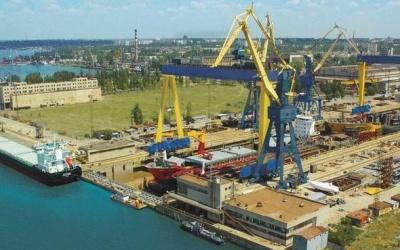 Миколаївський суднобудівний завод зупинився