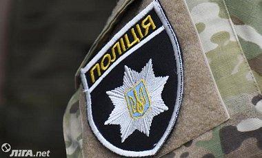 На Харківщині чоловік помер у відділі поліції