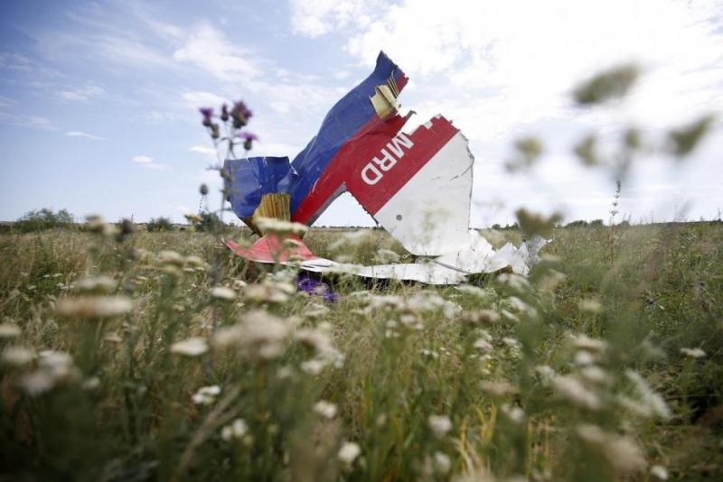 Росія поширює фейкові новини про катастрофу MH17