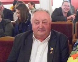 Герой України з Буковини отримав відзнаку за АТО