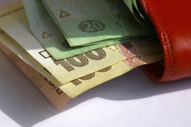 Реальна зарплата українців зросла майже на20%