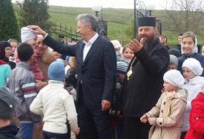 На Буковині Бойко і Папієв у школі збирали скарги на «мовну» статтю закону про освіту