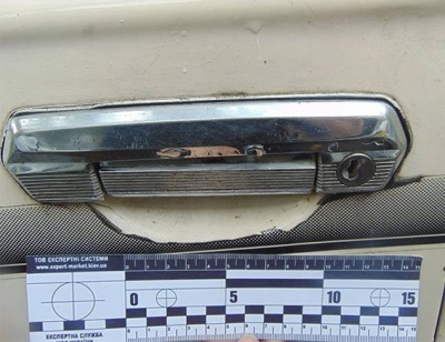 У Чернівцях поліція затримала місцевого жителя, що обкрадав автівки