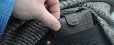 Полісмени попереджають буковинців про активізацію кишенькових злодіїв