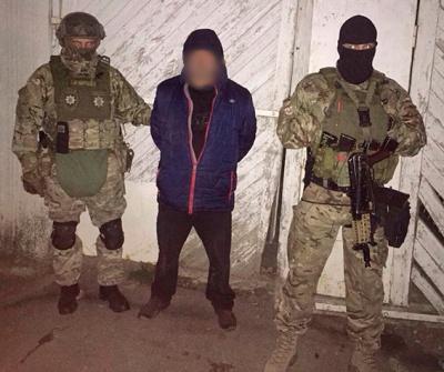 У Чернівцях поліція затримала групу викрадачів престижних автомобілів (ФОТО)