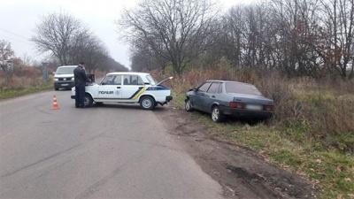 У поліції повідомили подробиці погоні на Буковині: затримали озброєну групу квартирних крадіїв