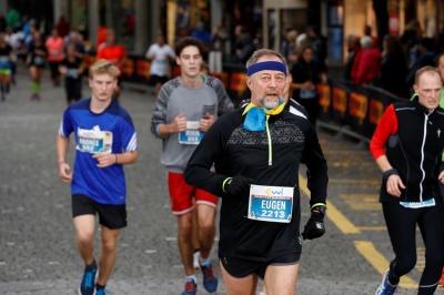 Лікар з Чернівців відзначив свій день народження марафонським забігом у Швейцарії (ФОТО)