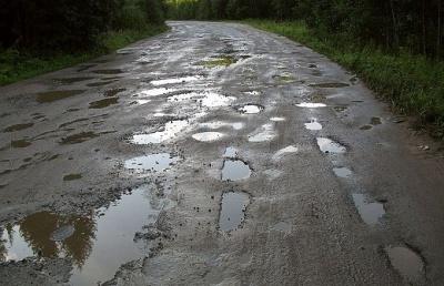Погана дорога – автобус не їздить. Перевізник відмовився курсувати до села на Буковині