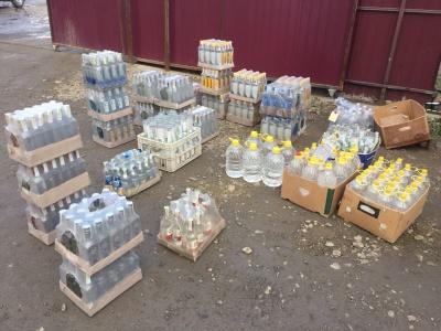 Масові облави на Буковині: вилучено солярку, безакцизні цигарки і горілку