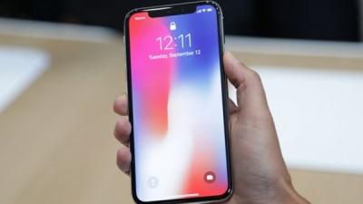 Екран iPhone X не працює на холоді