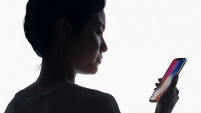 Систему Face ID на iPhone X вдалося обдурити: відео