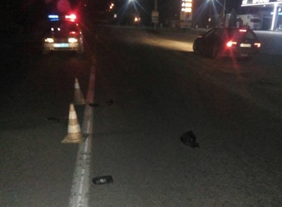 У Чернівецькій області водій збив пішохода і втік з місця ДТП
