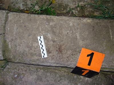 Бив кулаками й душив мотузкою: поліція Буковини затримала вбивцю 30-річного чоловіка