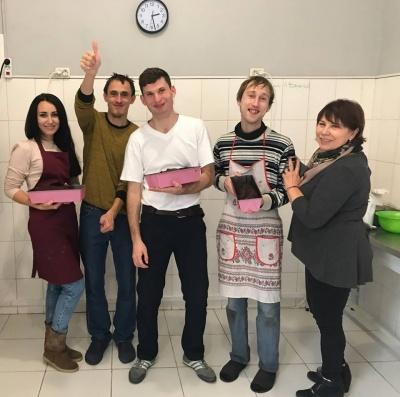 21-річний юнак відкрив у Києві пекарню, де працюють люди з аутизмом