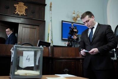 Мер Чернівців закликав «Рідне місто» взяти на себе відповідальність за обрання секретаря міськради