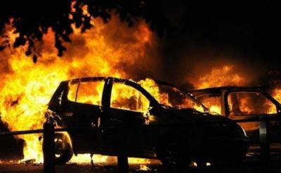 У Чернівцях за ніч горіли два автомобілі