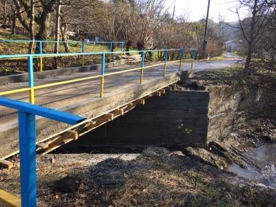 У селі на Вижниччині збудували чотири бетонні мости замість старих дерев'яних